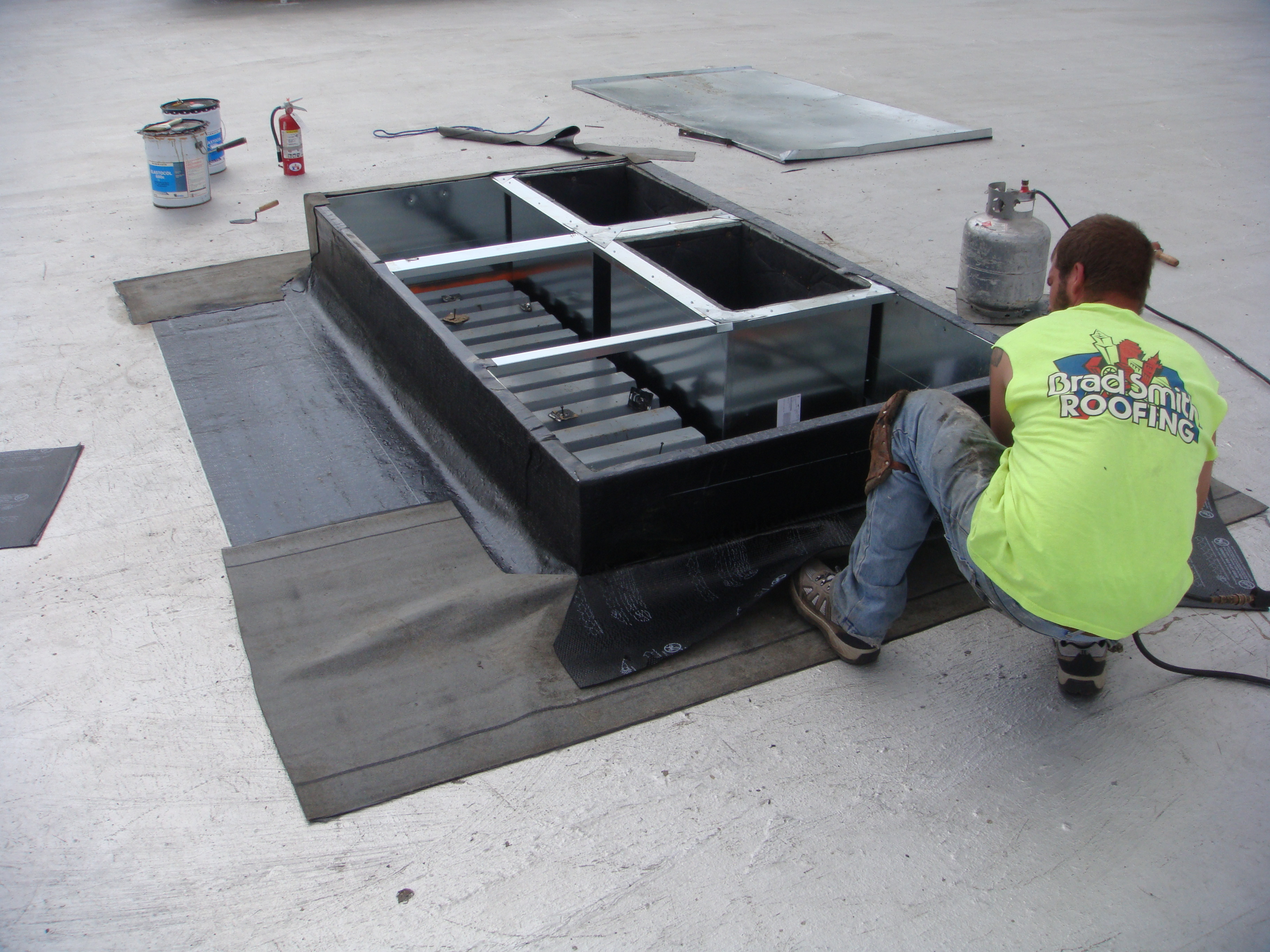 Brad Smith Roofing Commercial Curb Installation