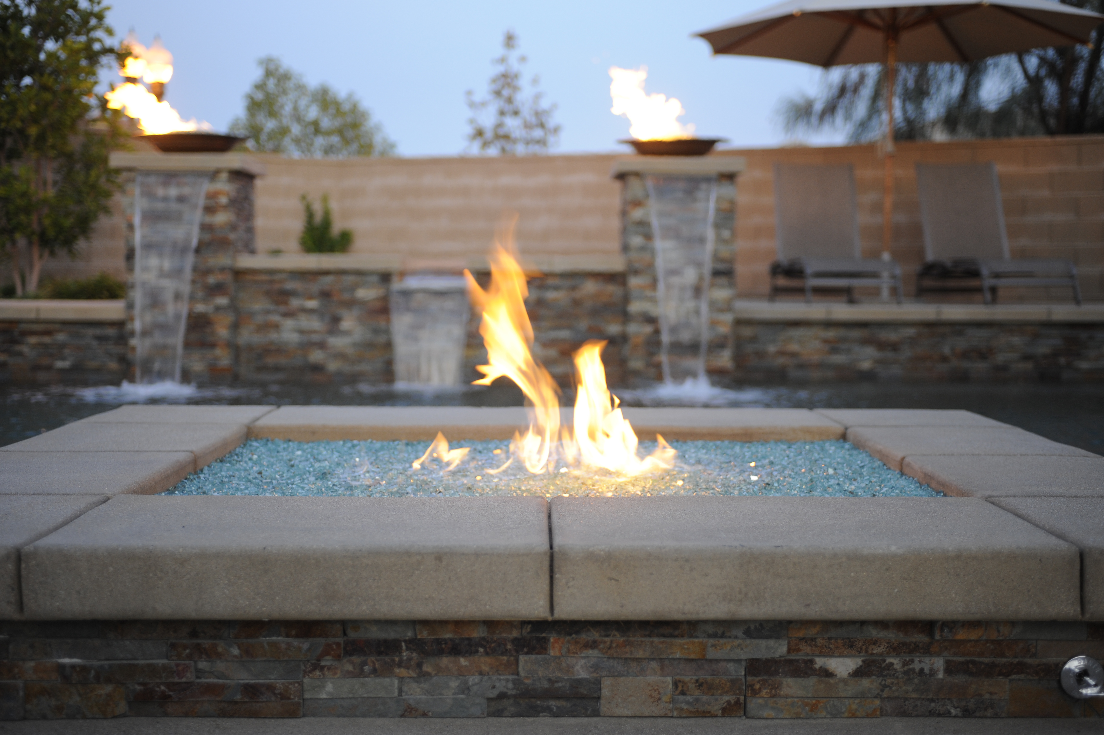 Custom Fireplace Shop Gas Fire Feature Rock