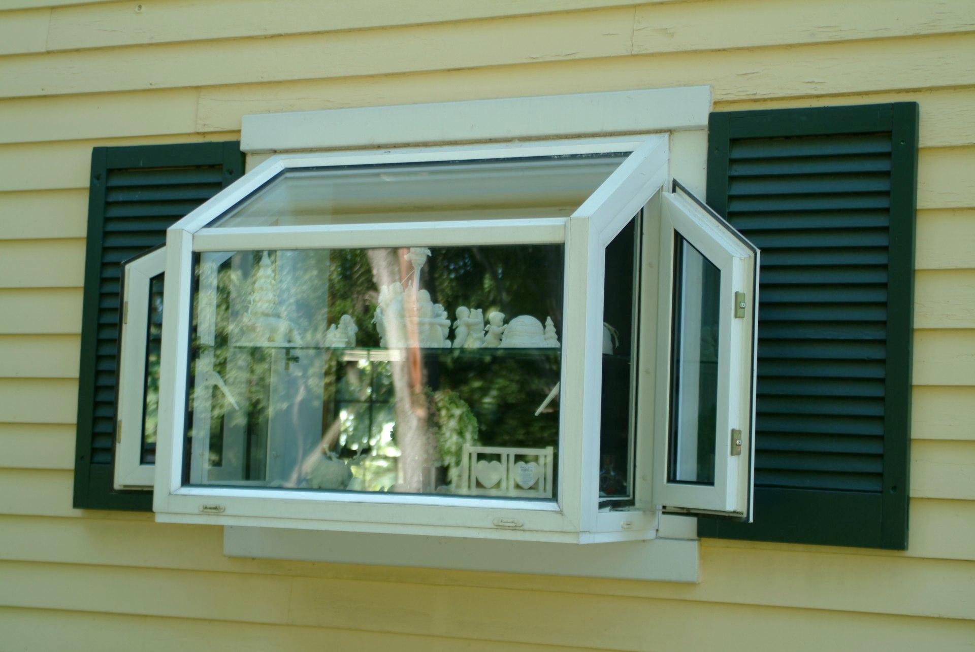 Euclid Jalousies Sunroom Construction